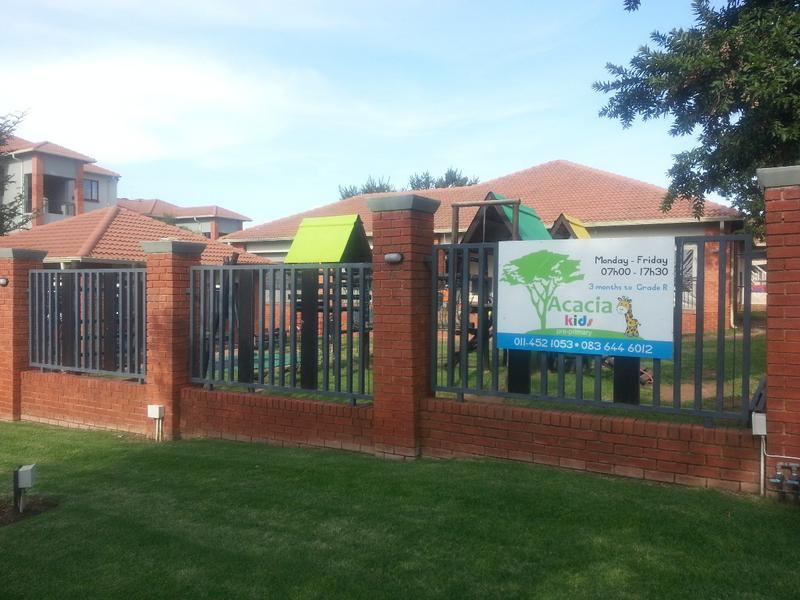 Property For Sale in Greenstone Hill, Edenvale 9