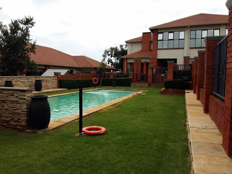 Property For Sale in Greenstone Hill, Edenvale 12