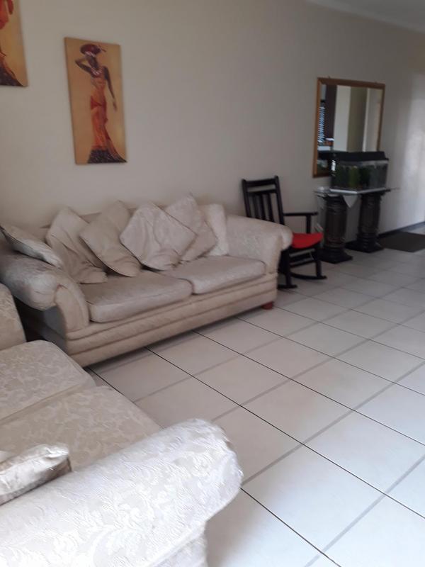 Property For Rent in Solheim, Germiston 3