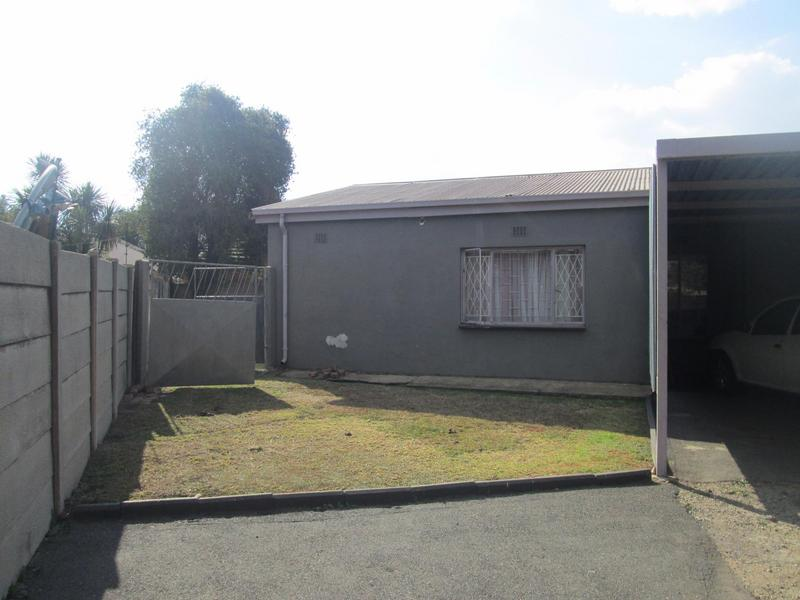 Property For Sale in Bonaero Park, Kempton Park 4