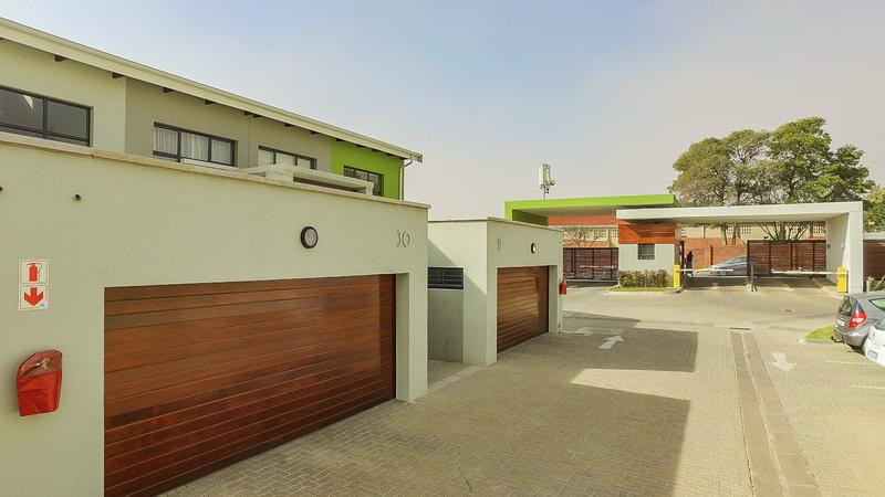 Property For Sale in Morninghill, Bedfordview 7