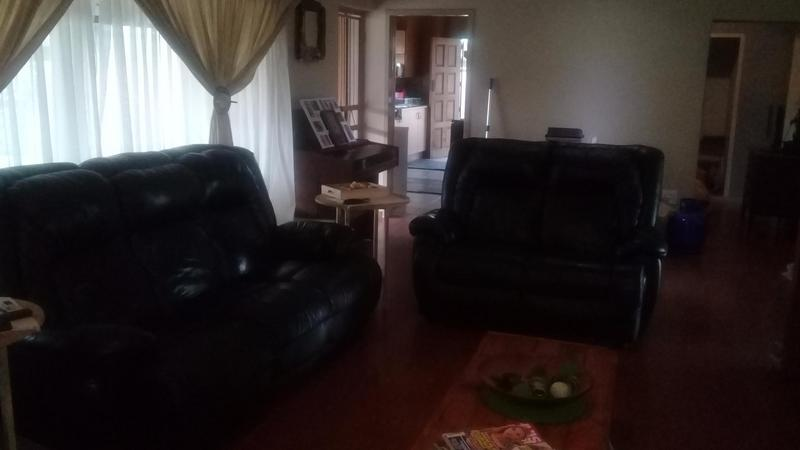 Property For Sale in Bonaero Park, Kempton Park 12