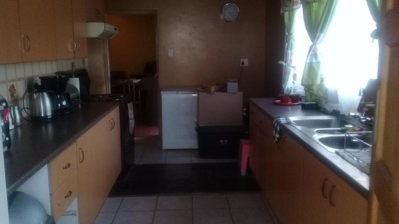 Property For Sale in Bonaero Park, Kempton Park 13