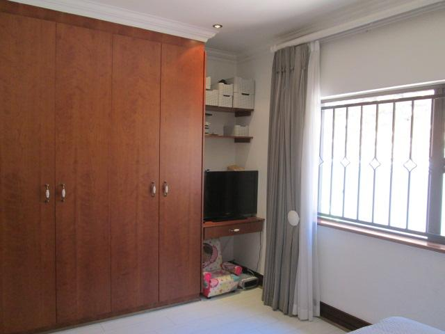 Property For Rent in Bedfordview, Bedfordview 17