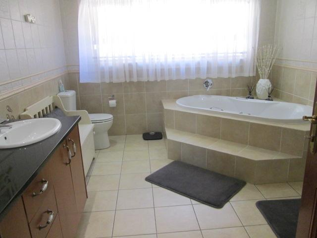 Property For Rent in Bedfordview, Bedfordview 24