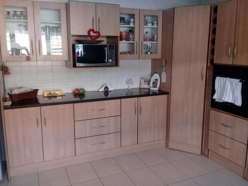 Property For Rent in Elmapark, Edenvale 7
