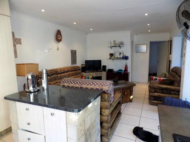 Property For Rent in Dunvegan, Edenvale 3