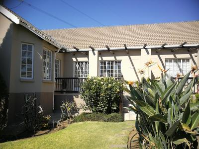 Property For Rent in Eden Glen, Edenvale