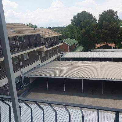 Property For Sale in Lyndhurst, Johannesburg