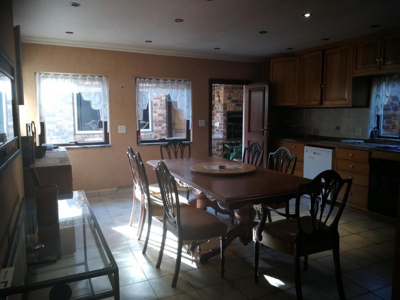 Property For Sale in Kensington, Johannesburg 15
