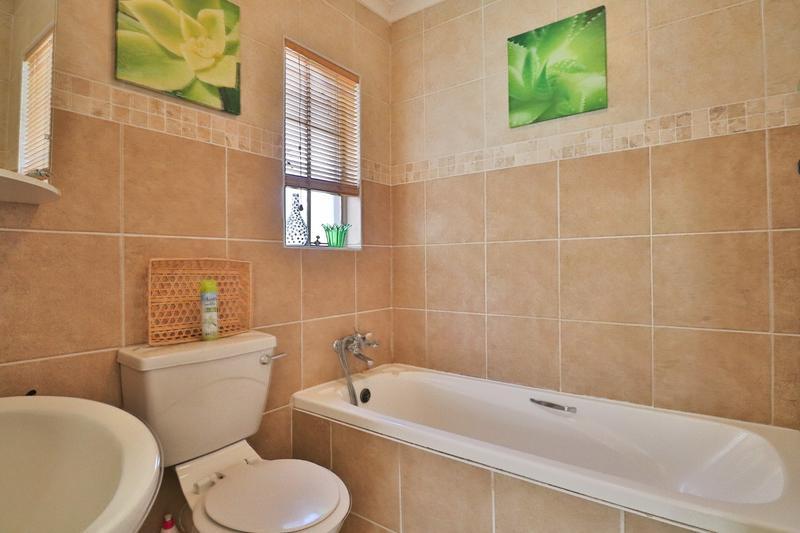 Property For Sale in Eden Glen, Edenvale 13
