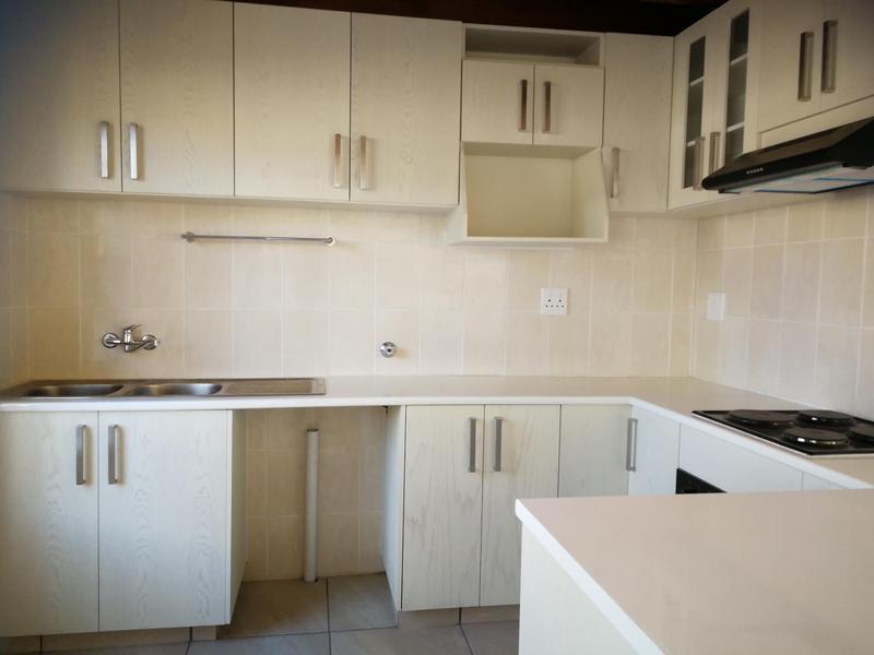 Property For Rent in Eden Glen, Edenvale 8