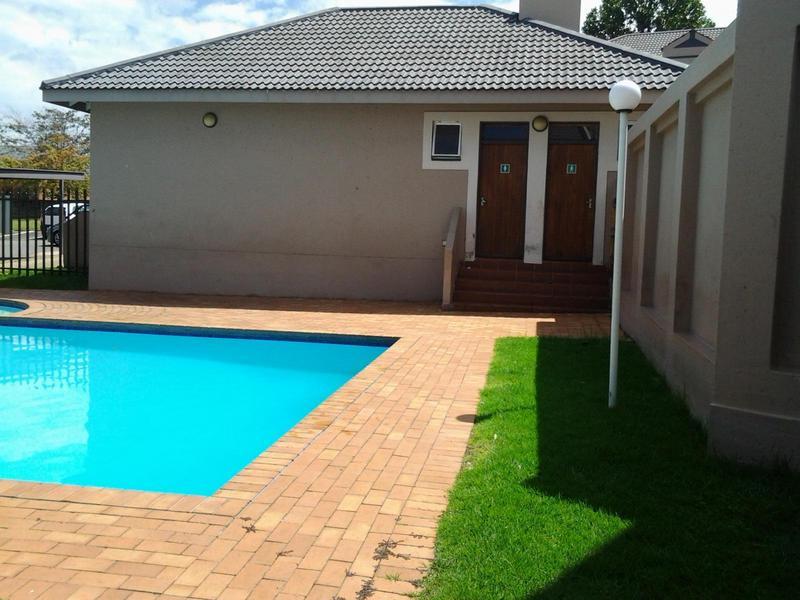 Property For Sale in Rembrandt Park, Johannesburg 9