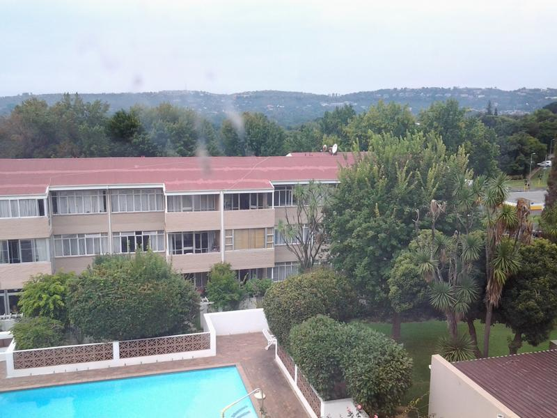 Property For Sale in Glenhazel, Johannesburg 13