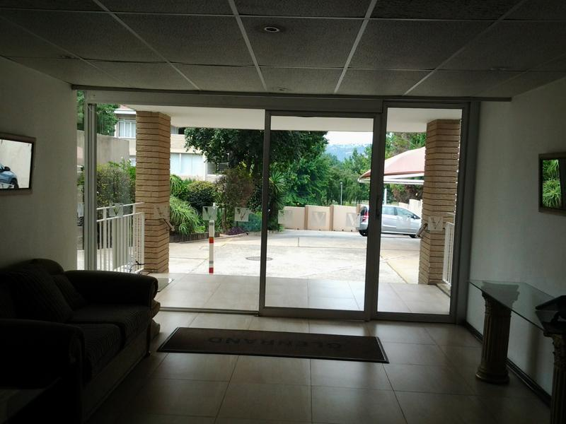 Property For Sale in Glenhazel, Johannesburg 14