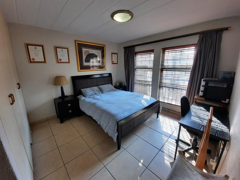 Property For Sale in Dowerglen Ext 4, Edenvale 9