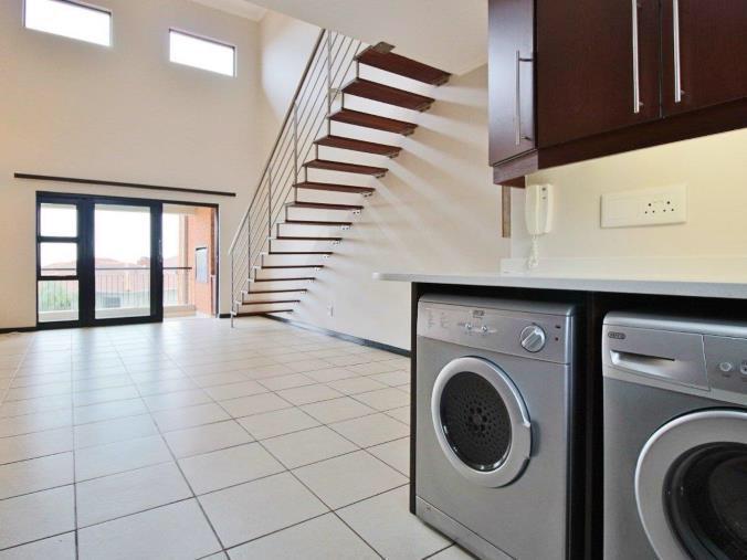 Complex For Sale in Solheim, Germiston