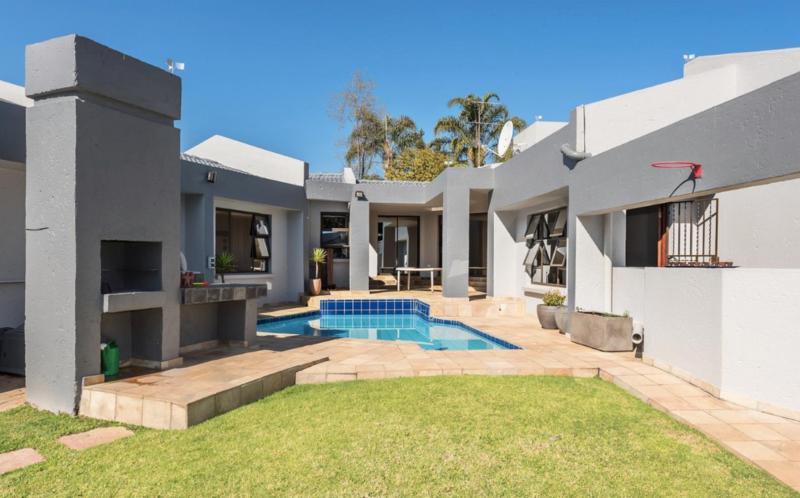 Property For Sale in Dowerglen Ext 3, Edenvale 16