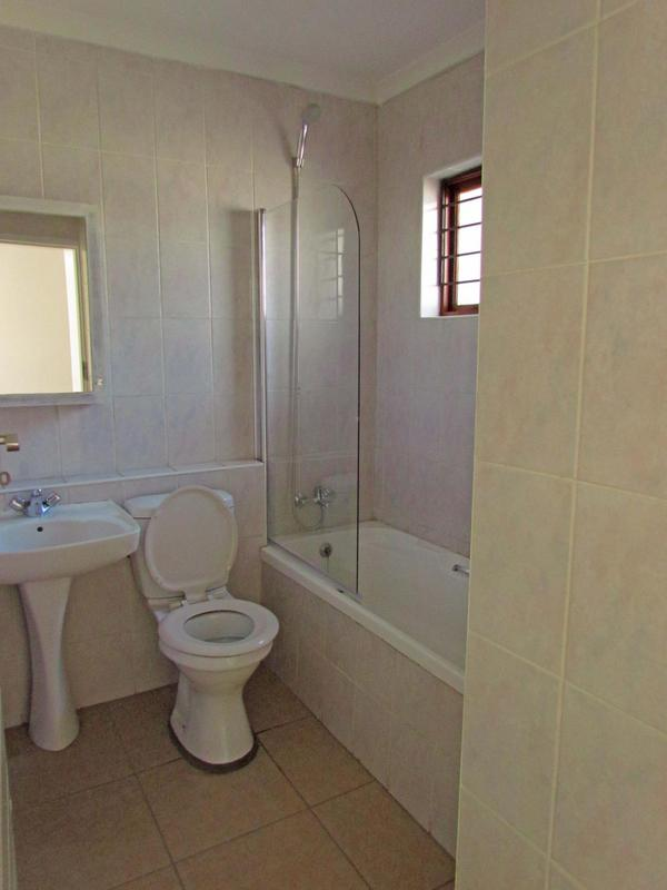 Property For Rent in Dowerglen Ext 4, Edenvale 9