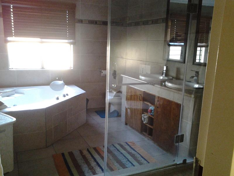 Property For Rent in Dowerglen Ext 3, Edenvale 5