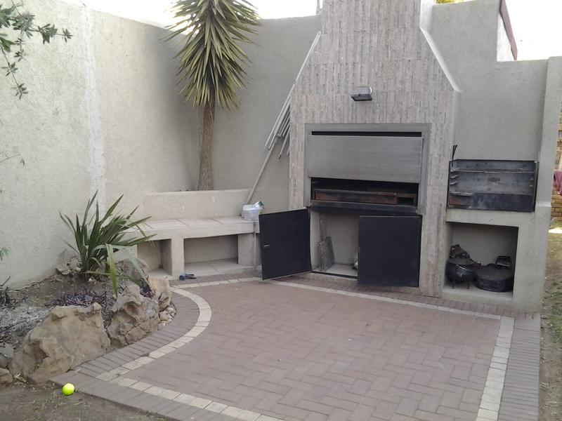 Property For Rent in Dowerglen Ext 3, Edenvale 8