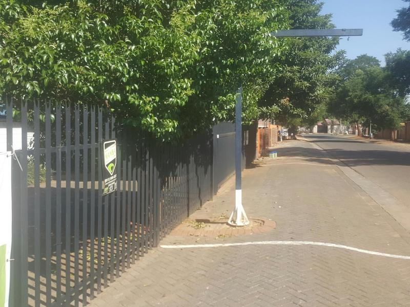 Property For Rent in Edenvale, Edenvale 17