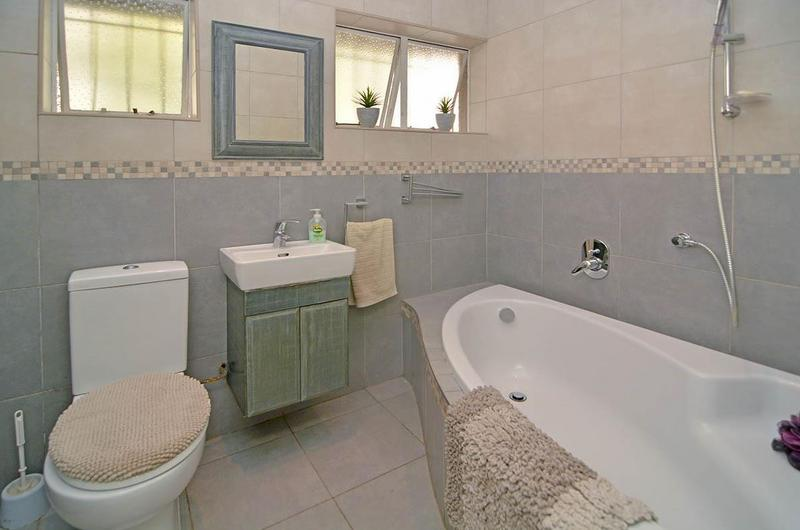 Property For Sale in Dunvegan, Edenvale 18