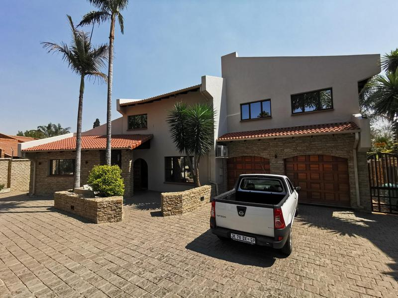 Property For Sale in Dowerglen Ext 3, Edenvale 11
