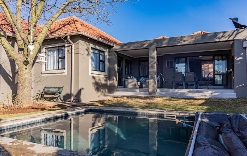 Property For Sale in Greenstone Hill, Edenvale 22