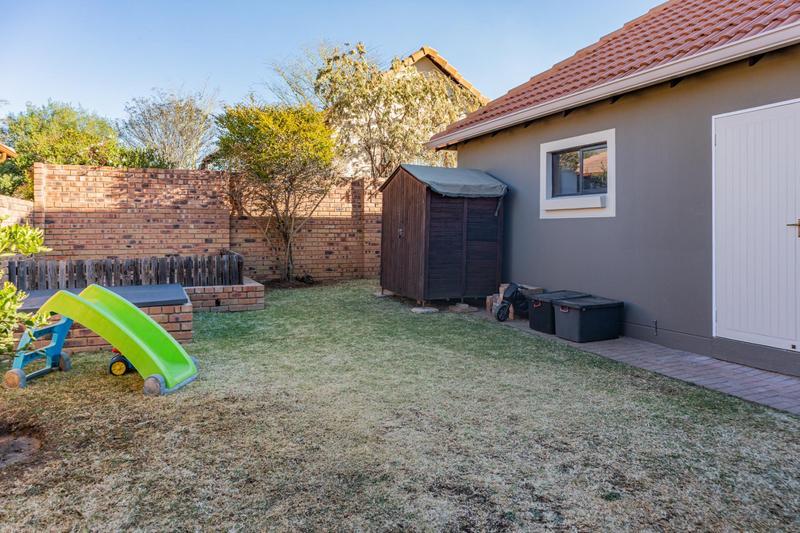Property For Sale in Greenstone Hill, Edenvale 26