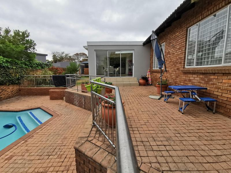 Property For Sale in Dowerglen, Edenvale 8