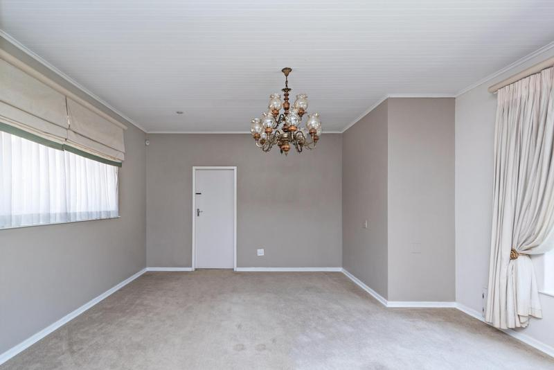 Property For Rent in Bedford Gardens, Bedfordview 5