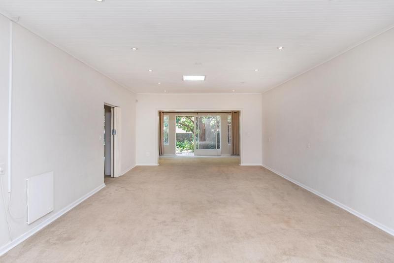 Property For Rent in Bedford Gardens, Bedfordview 6