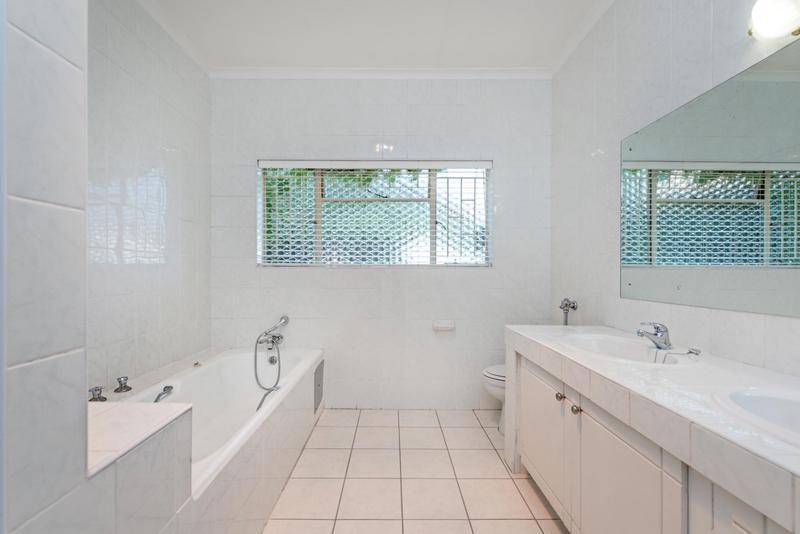 Property For Rent in Bedford Gardens, Bedfordview 12