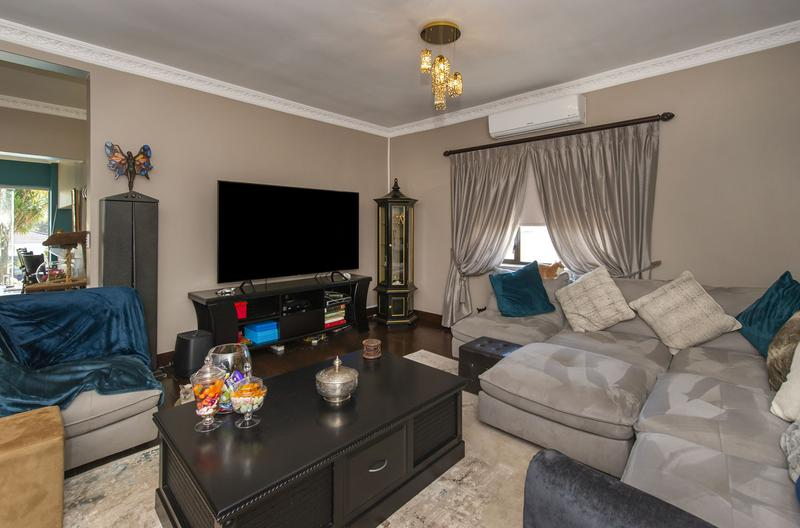 Property For Sale in Kensington, Johannesburg 9
