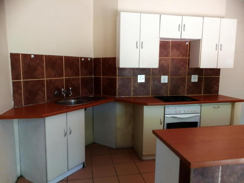 Property For Rent in Dunvegan, Edenvale 6