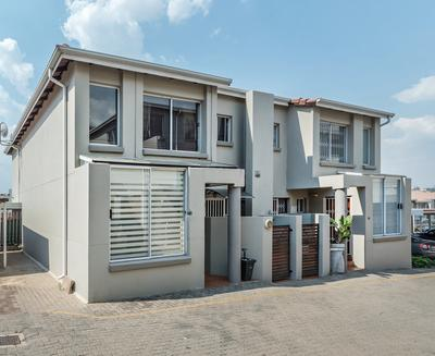 Property For Sale in Bedford Gardens, Bedfordview