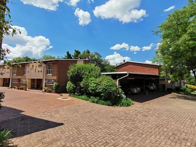 Property For Sale in Senderwood, Bedfordview