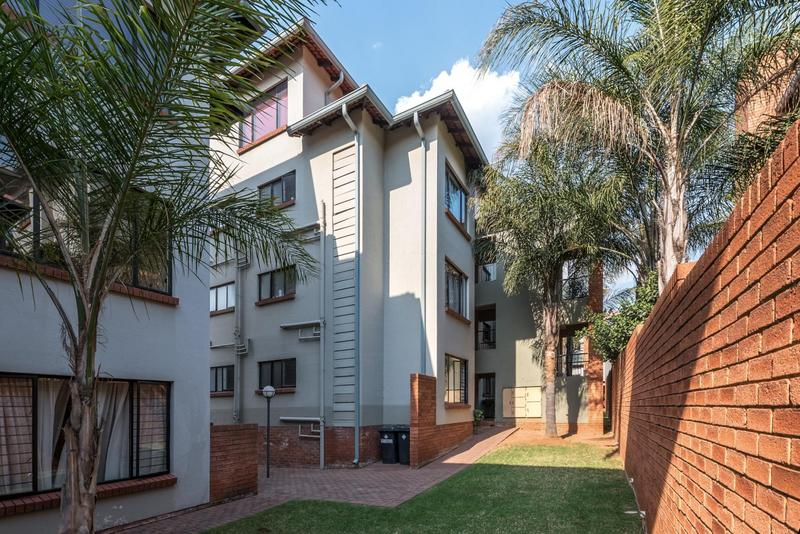 Property For Sale in Bedfordview, Bedfordview 11