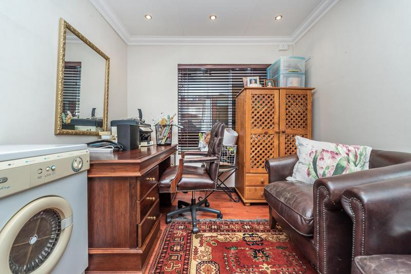 Property For Sale in Bedford Gardens, Bedfordview 13