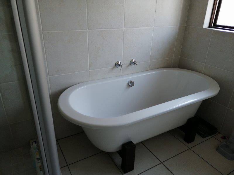 Property For Rent in Solheim, Germiston 10