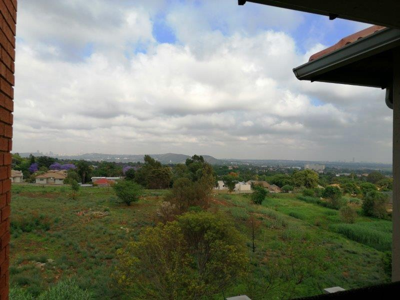 Property For Rent in Solheim, Germiston 12