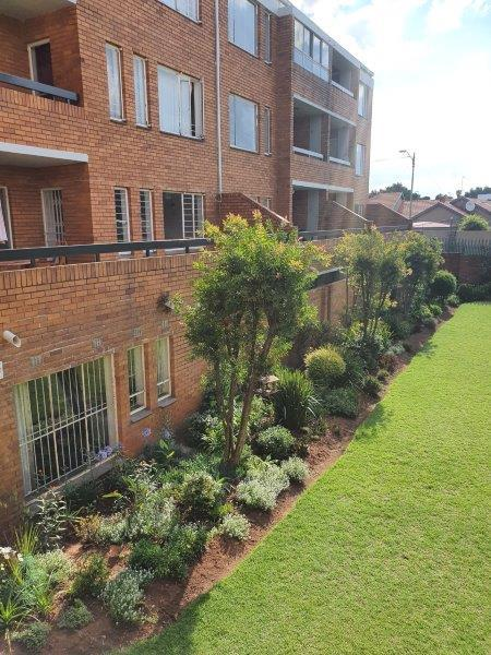 Property For Sale in Malvern East Ext, Bedfordview 2