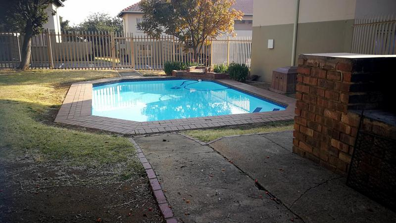 Property For Rent in Eden Glen, Edenvale 9
