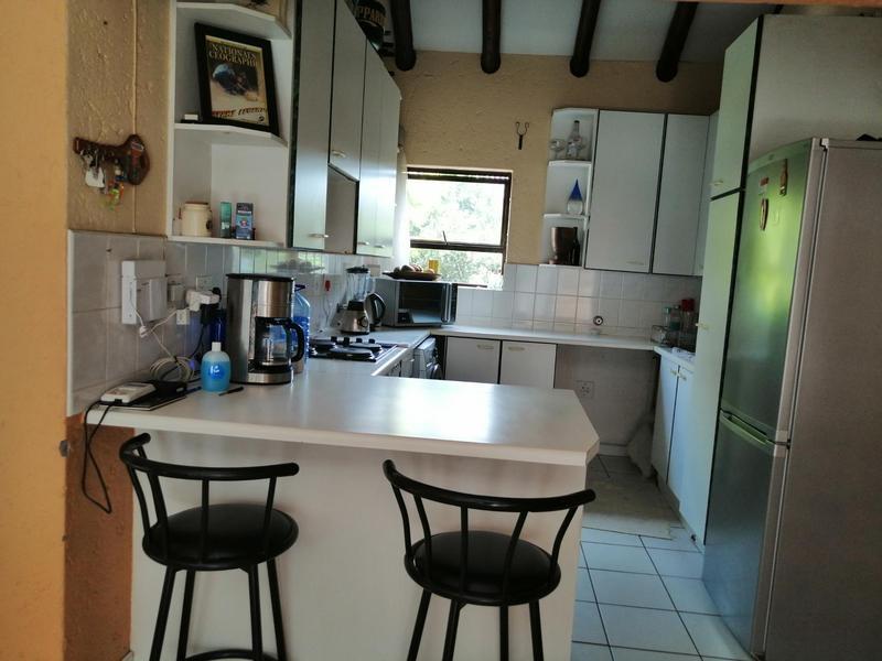 Complex For Rent in Eden Glen, Edenvale