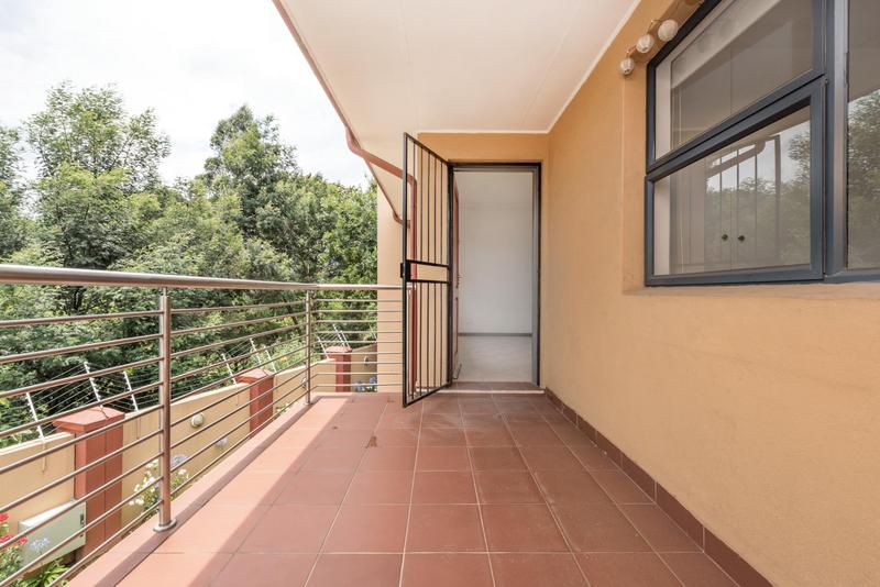 Property For Sale in Bedfordview, Bedfordview 3