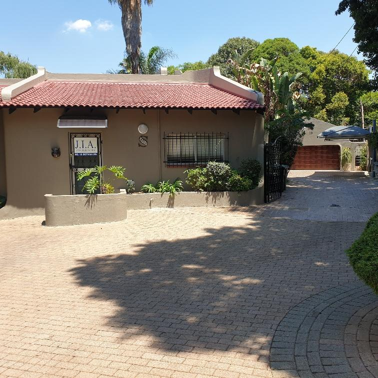 Property For Sale in Bedfordview, Bedfordview 33