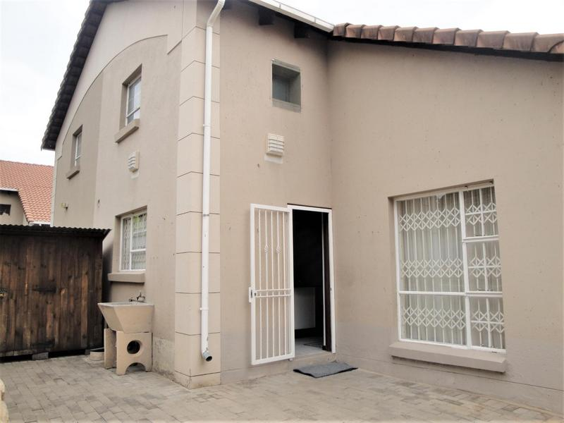Property For Sale in Bedford Gardens, Bedfordview 2
