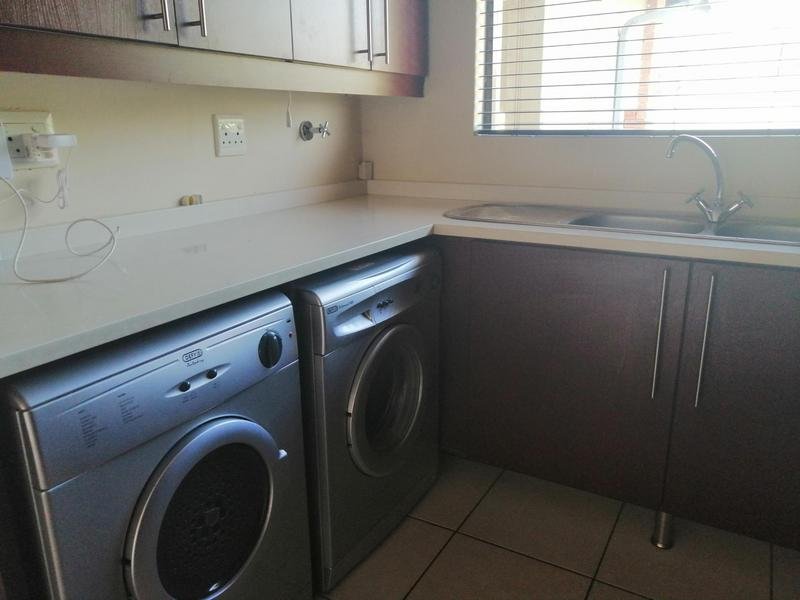 Property For Rent in Solheim, Germiston 7