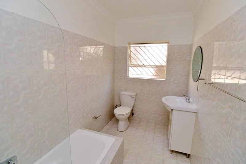 Property For Sale in Bedfordview, Bedfordview 13